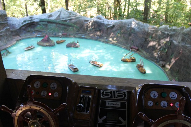 enchanted-forest-boat-attack-game