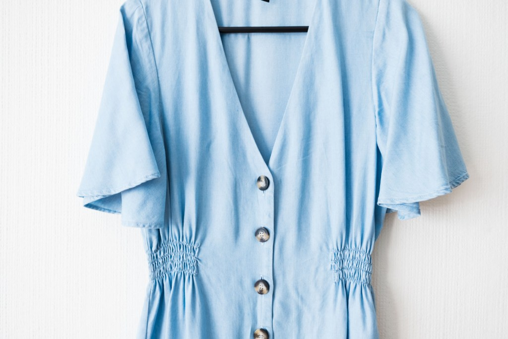 Denim blue dress by Zara made from lyocell