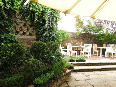 3-aug-15-roof-garden-tudor-1