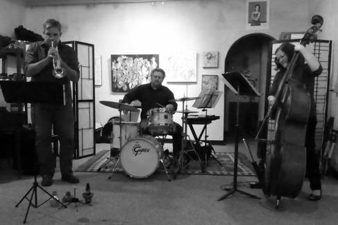 Circle Circle Circle Trio at Gold Lion Arts, Sacramento