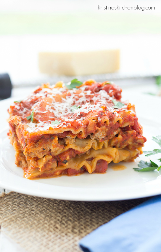 Easy Slow Cooker Lasagna - 20 minutes of prep and then your crock pot does the rest!