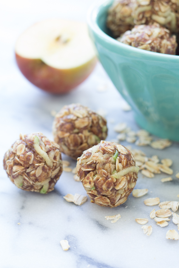 These Apple Cinnamon Cookie Energy Bites are a healthy snack that's easy to make. Filled with oats, flaxseed, almond butter, and fresh apple!