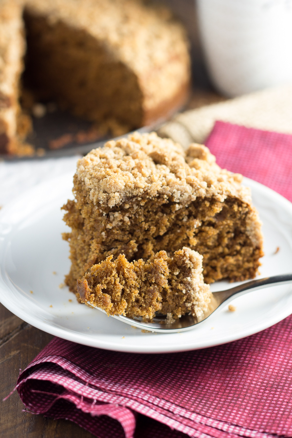 Gingerbread Coffee Cake, the perfect holiday breakfast! Make it for Christmas morning or after Thanksgiving!