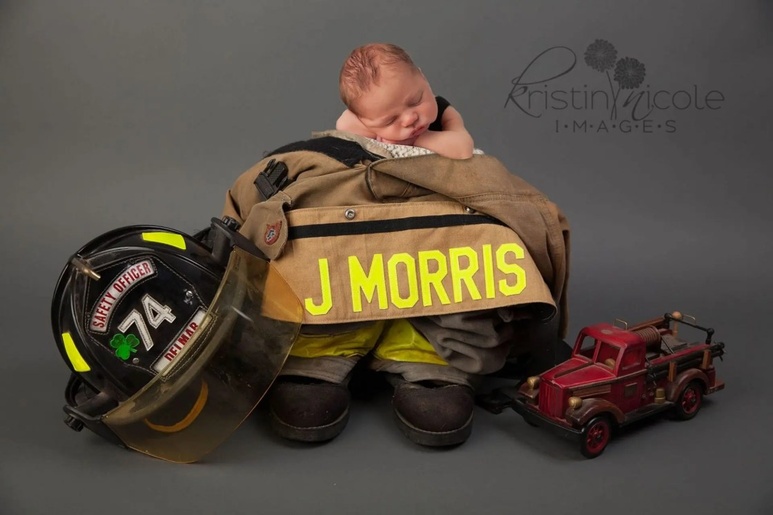 Newborn Photograpy Firefighter