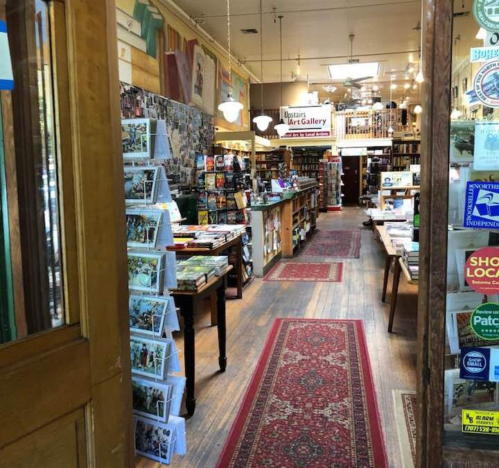 Traveling with Bibliophiles – Bookstores