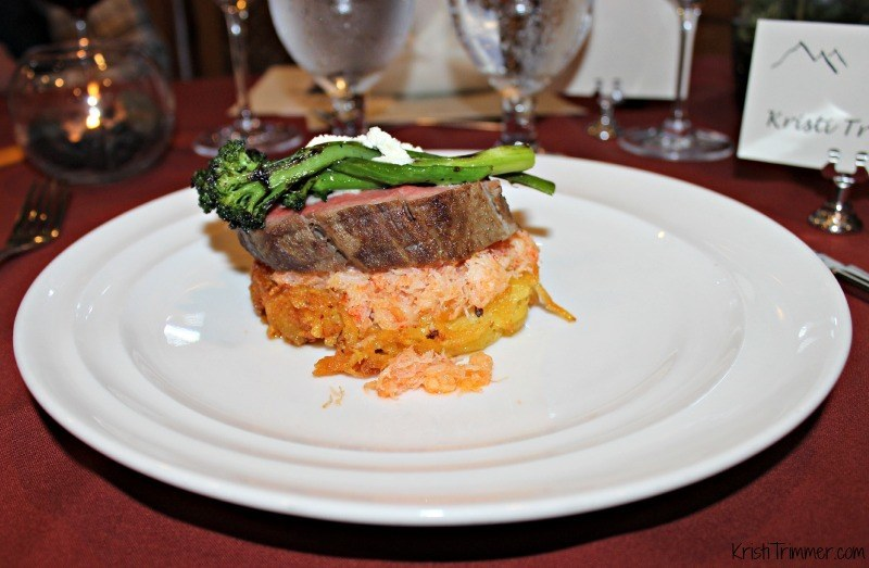 Talkeetna Lodge - Steak and Crab Cake