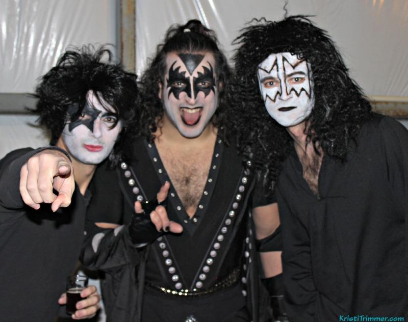 Bodega-Fest_08 Kiss