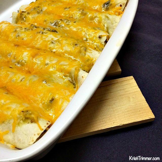 Easy to Make Creamy Chicken Enchiladas #mexicanfood #recipes #enchilidas