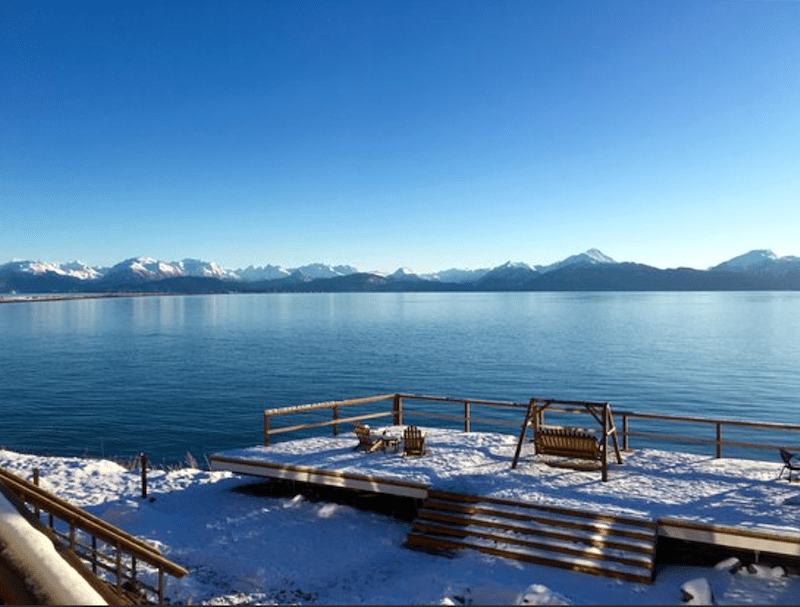 Head to Homer Inn and Spa for a Alaska romantic getaway all year round #alaska #homeralaska