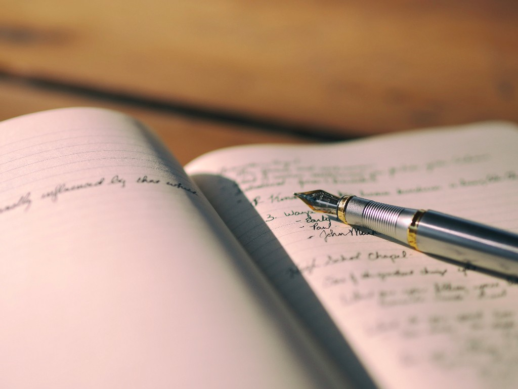 Somatic Awareness Journaling: A simple daily practice to reconnect with your body