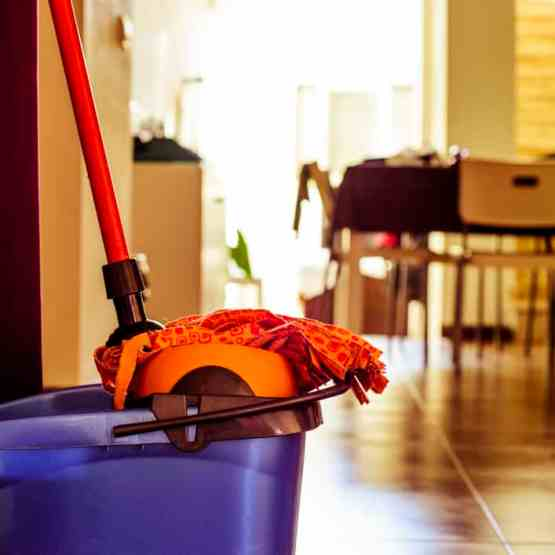 How do you keep your house clean when you homeschool?   Kristy's Cottage blog