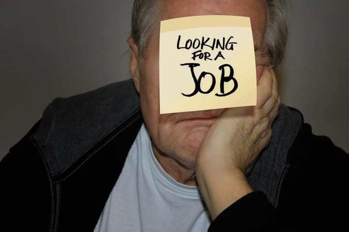 Rentnerjobs-Aufstocker-Lebensarbeitszeit-Lebensarbeitsverlaengerung-Regelaltersgrenze-Hinzuverdienst-Kritisches-Netzwerk-Ausbeutung-Nutzmenschhaltung-Minirente