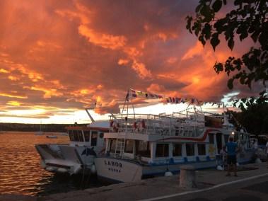 Napnyugta a kikötőben