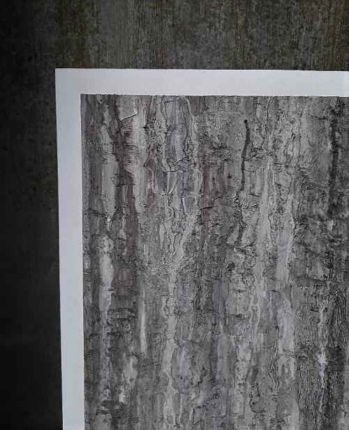 Peinture imitation mur béton délavé meuble en carton
