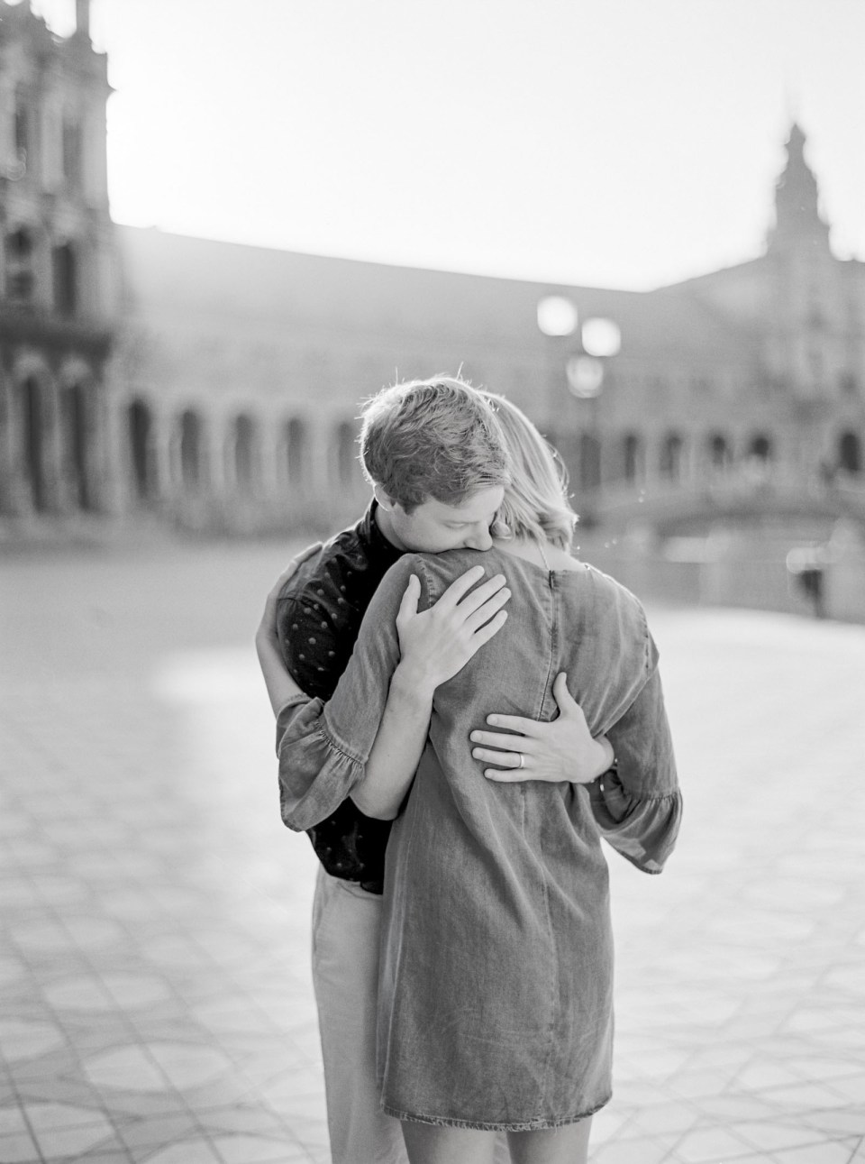 Anniversary Photos in Seville, Spain | K. R. Moreno