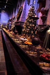die große Halle im Weihnachtsputz