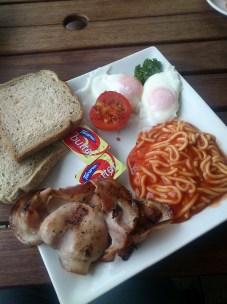 Breakfast @ Gumdiggers Café