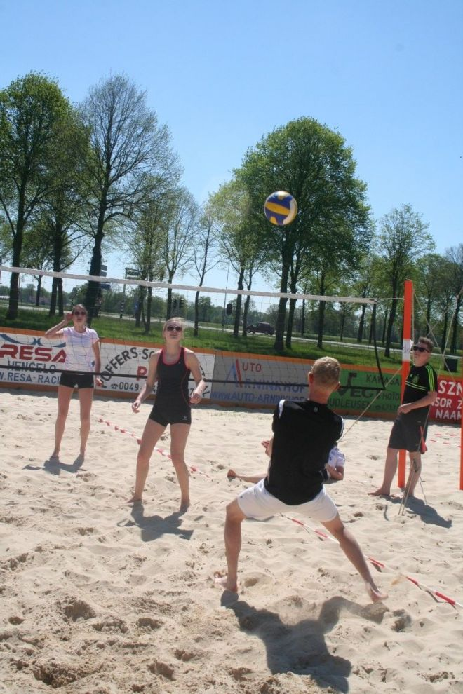 zo1_voet-volleybal (1)