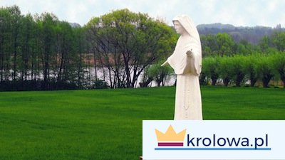 Św. Faustyna przebywała w domu zakonnym w Kiekrzu pod Poznaniem przez kilka tygodni w 1929 roku. Nad jeziorem doświadczyła objawienia Pana Jezusa. Z miejsca objawienia pochodzi powyższe zdjęcie.