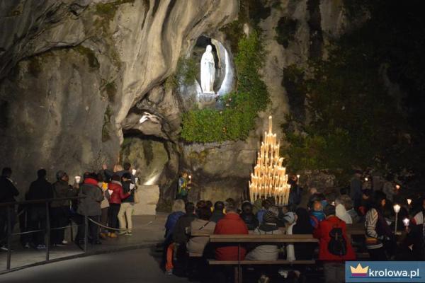Grota objawień w Lourdes