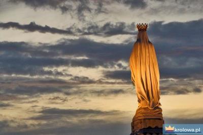 Maryja w Lourdes