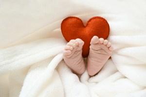 Meditation mit Babybauch