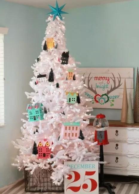 Hus fra Papier Masha - Dekorasjoner som gjør med barn