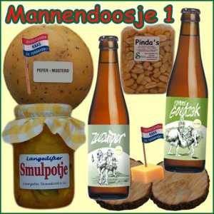 Kerstpakket man - Streekpakket gevuld met echte lokale streekproducten voor mannen - Relatiegeschenk Specialist - www.kerstpakkettencadeaubon.nl