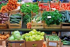 Koop alles bij de boer FoodTrends 2017 - Streekpakketten gevuld met streekproducten zijn hot! - www.KerstpakkettenCadeaubon.nl