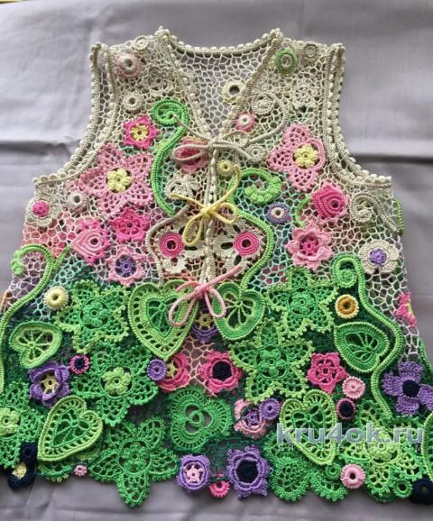 Bolero为女孩钩针编织,工作Lyudmila Maxuitova