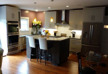 How to Protect Your Hardwood Flooring on Thanksgiving