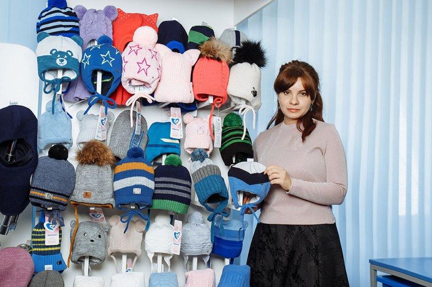 Скоро зима, выбираем шапку. Из какого материала выбрать, чтобы было тепло и безопасно?