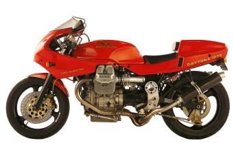 moto-guzzi-daytona-1000-1