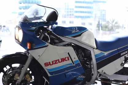 kruvi-gsxr750-1986-2nd-art-5