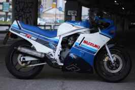 kruvi-gsxr750-1986-2nd-art-6