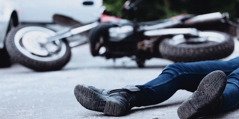 האופנוען מהכביש תאונה