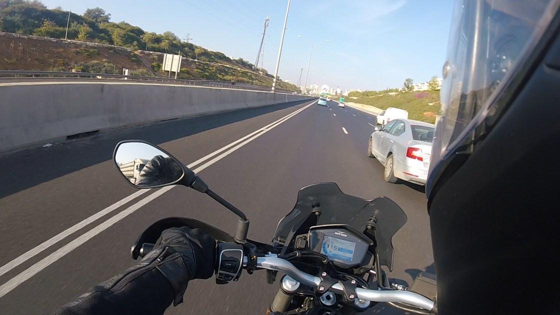 לרכוב בשוליים כביש 471