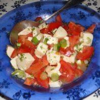 Sallad med tomat och mossarella