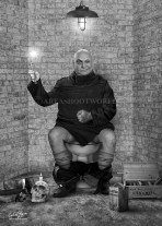 UNCLE FESTER (ADDAMS FAMILY)