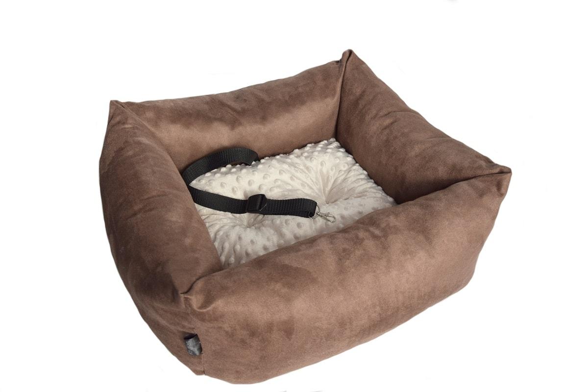KryKas-fotelik-premium-samochodowy-dla-psa-brązowe-alicante-beżowa-poduszka-minky