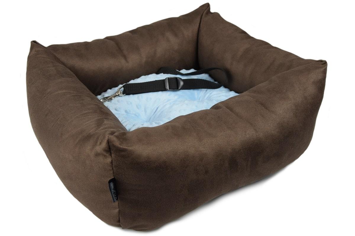 KryKas - antyalergiczny fotelik samochodowy premium dla psa - brązowy z niebieską poduszką