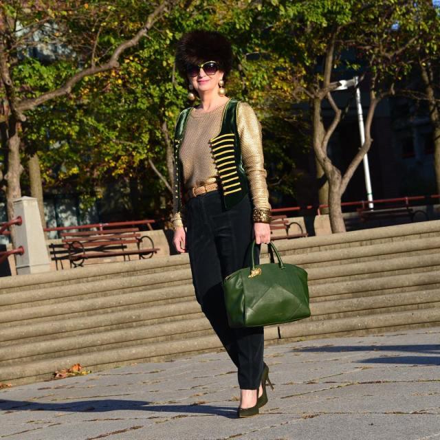 fashionblogger BeMyGuest shahRukhKhan Dubai and visitdubai happytime fashionover50 over50 stylbloggerhellip