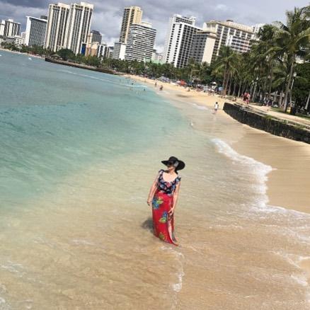 hello newpost blog fashionblog ootd over50 styleover50 today hawaii waikikihellip