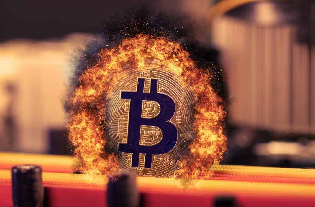 Bitcoin prepad - zdroj: https://www.flickr.com/photos/91261194@N06/50905973686, Marco Verch