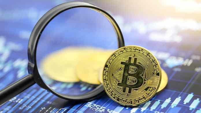 BTC Bitcoin. Zdroj: Shutterstock.com/ViewFinder nilsophon