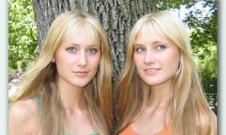 Video Of the Day!: STAR TREK Theme (Harp Twins electric) Camille and Kennerly