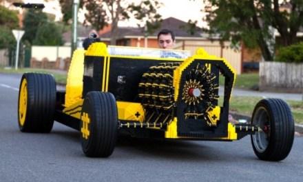 A Full Sized Air-Powered Lego Car, Yet Nobody Dies