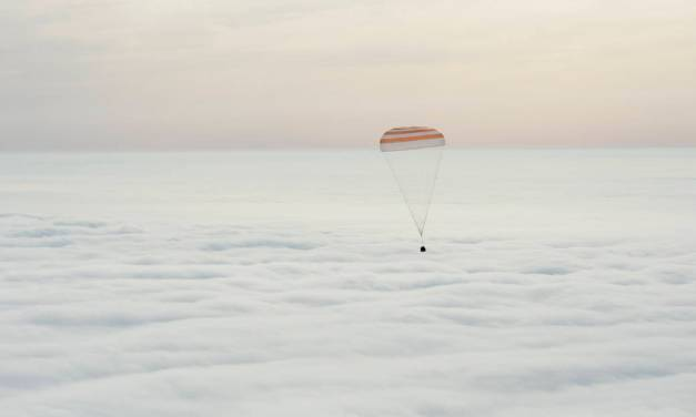 Astronaut Scott Kelly Touches Down in Kazakhstan