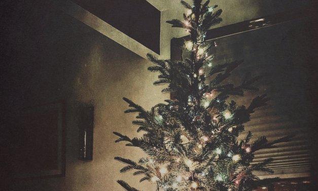 John Scalzi , Matthew Ryan Team Up on 'Another Christmas'