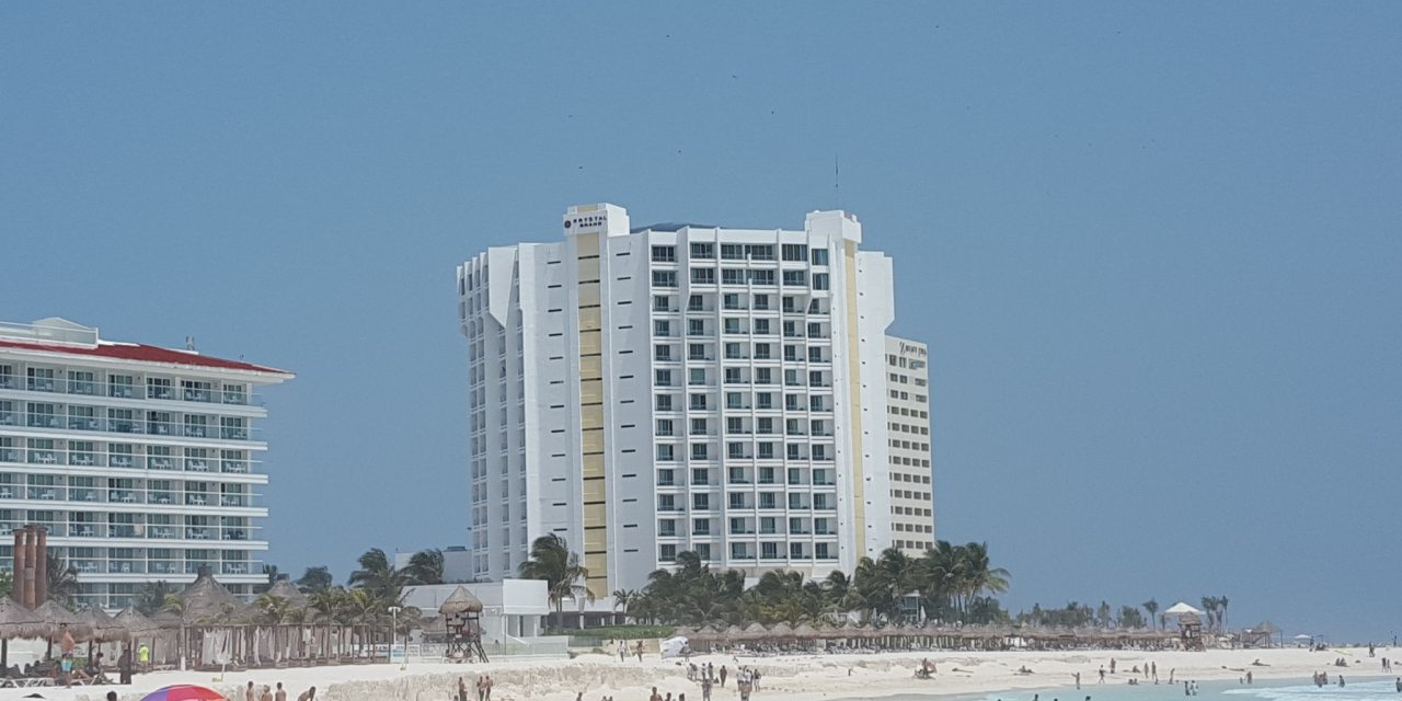 Krystal Cancun Timeshare The Best Location in Cancun
